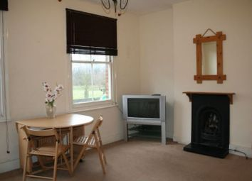 Thumbnail 1 bed flat to rent in High Street, Hampton Hill