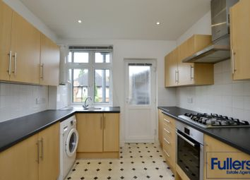 Thumbnail 2 bed flat to rent in Chase Road, Oakwood