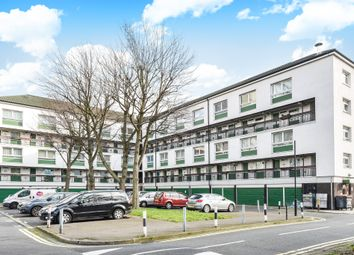 Thumbnail 2 bedroom flat for sale in Queensdale Crescent, London