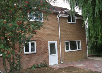 Thumbnail 1 bed flat to rent in Appleford Drive, Abingdon
