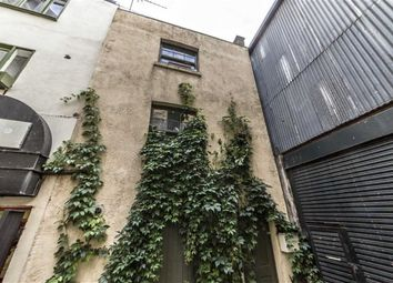 Thumbnail 1 bed property to rent in Pecks Yard, Hanbury Street, London