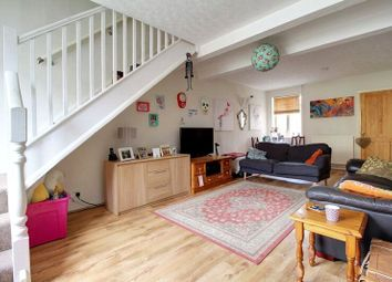 Thumbnail 3 bedroom terraced house for sale in Elm Park Road, Reading, Berkshire