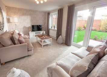 Thumbnail 3 bed semi-detached house for sale in Saltshouse Road, Ings, Hull