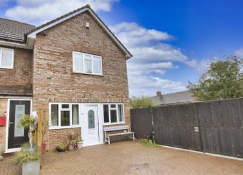 New Road, Radlett WD7. 2 bed property