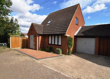 Thumbnail 3 bed detached house to rent in Lucas Lane, Hitchin