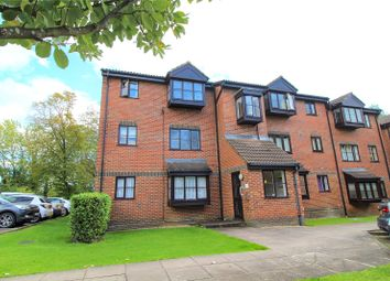 1 bed property for sale in Gladbeck Way, Enfield EN2