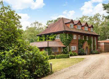 Thumbnail 6 bed detached house to rent in Swinley Road, Ascot