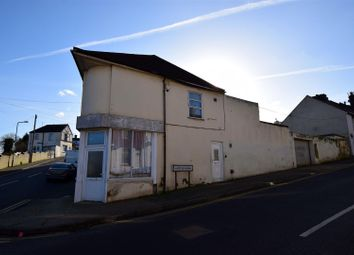 2 bed property for sale in Castle Road, Chatham ME4