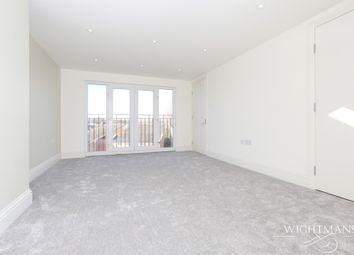 Thumbnail 3 bedroom triplex to rent in Carlingford Road, Turnpike Lane