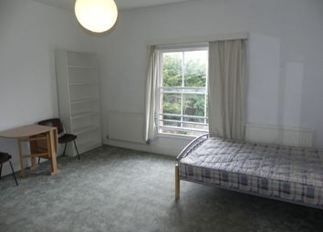 Thumbnail Studio to rent in Waterden Road, Guildford