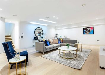 Thumbnail 4 bed property for sale in Camden Mews, London