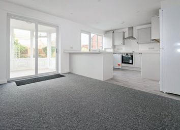 Thumbnail 4 bedroom detached house to rent in Leyes Lane, Kenilworth
