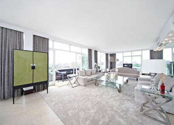 Thumbnail 4 bed flat to rent in Chelsea Manor Street, Chelsea