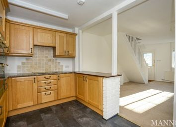 Thumbnail 2 bed property to rent in Farningham, Dartford