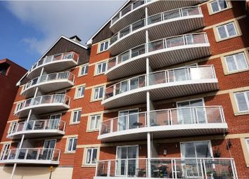 Thumbnail 2 bedroom flat for sale in Neptune Square, Ipswich