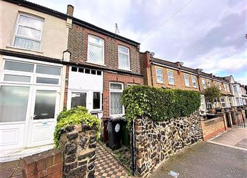 4 bed semi-detached house to rent in Belmont Park Road, London E10