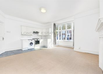 Thumbnail 1 bed flat to rent in The Avenue, Chiswick