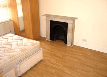3 bed maisonette to rent in Stonor Road, London W14