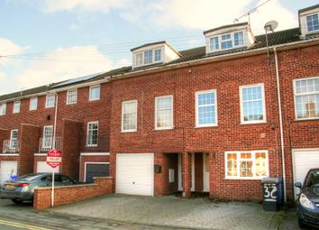 Thumbnail 3 bedroom town house to rent in Croft Road, Newmarket