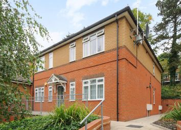 Thumbnail 1 bedroom flat to rent in Crescent Rise, Luton