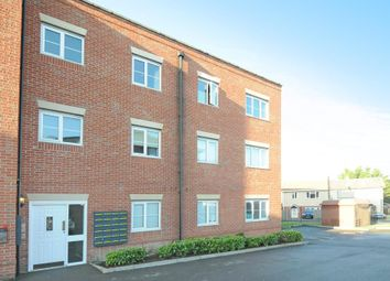 Thumbnail 2 bedroom flat to rent in Ellington Court, North Way