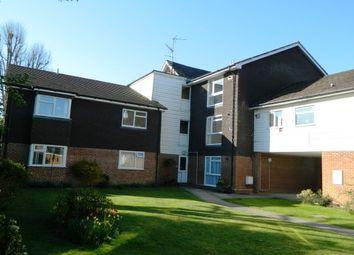 Thumbnail 2 bed flat to rent in Wimblehurst Road, Horsham