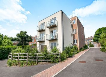 Thumbnail 2 bed flat for sale in Green Lane, Chessington