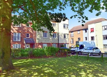2 bed flat for sale in Balliol Grove, Maidstone, Kent ME15