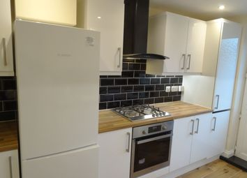 Thumbnail 1 bedroom flat to rent in Castlecombe Road, London