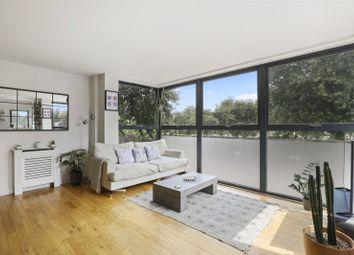 Thumbnail 2 bedroom flat for sale in Queensbridge Road, Haggerston, London