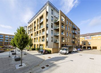 Thumbnail 2 bed flat for sale in Dunn Side, Chelmsford, Essex