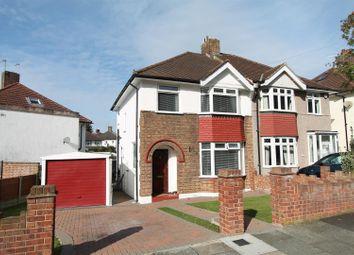 3 bed property for sale in Dumbreck Road, London SE9