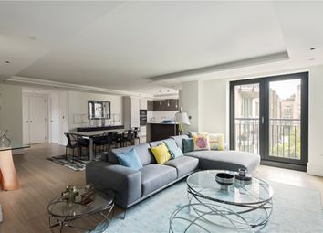 3 bed flat for sale in Kensington Gardens Square, Bayswater W2