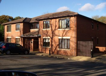 Thumbnail 1 bedroom flat to rent in Minworth Close, Redditch