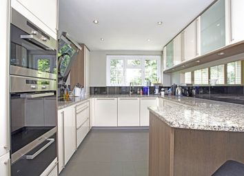 Thumbnail 3 bed flat to rent in Grove Road, Beaconsfield
