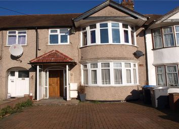 2 bed maisonette to rent in Stewart Close, London NW9