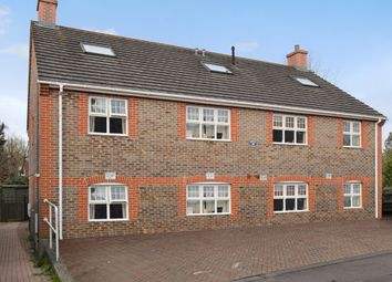 Thumbnail 2 bed flat for sale in Russell Road, Newbury