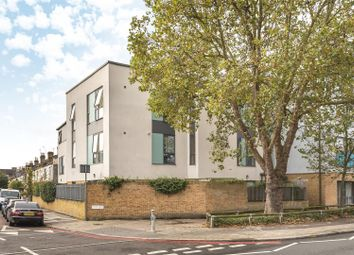 Thumbnail 2 bed flat for sale in Lower Richmond Road, Kew, Richmond