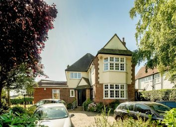 Thumbnail 2 bed flat to rent in Station Road, High Barnet