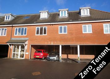 2 bed flat to rent in Station Road, Park Gate, Southampton SO31