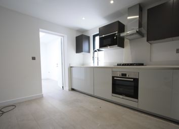 Thumbnail 3 bed flat to rent in Eardley Rd, Streatham