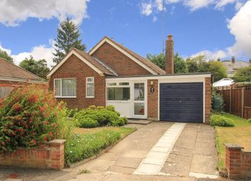 Cobbetts Ride, Tring HP23. 3 bed bungalow