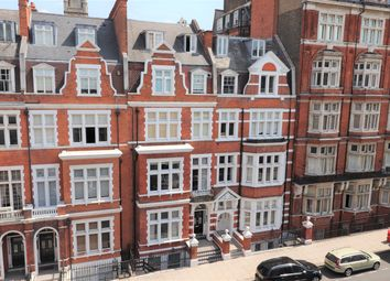 Thumbnail 3 bed duplex to rent in Palace Court, London