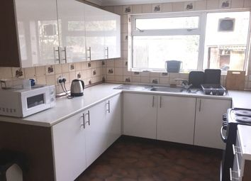 Thumbnail 3 bed property to rent in Cassio Road, Watford