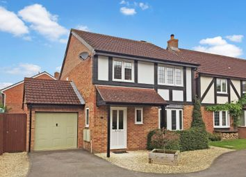 Thumbnail 4 bed detached house for sale in Woodley Close, Abingdon