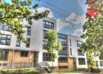 Thumbnail 2 bedroom flat to rent in 22 Great Dovehill, Glasgow