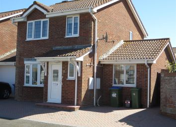 The Covers, Seaford BN25. 4 bed detached house