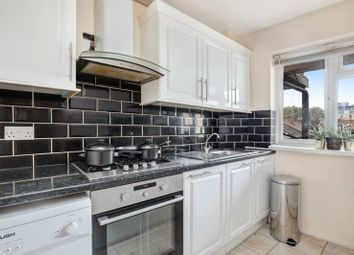 Room to rent in Chiswick Lodge, Chiswick Road, London W4