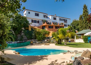 Thumbnail 4 bed villa for sale in El Padron, Estepona, Málaga, Andalusia, Spain