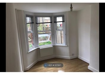 Thumbnail Studio to rent in Crossfield Road, London